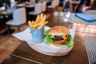 Arma tu Burger en el Hotel JW Marriott Bogotá