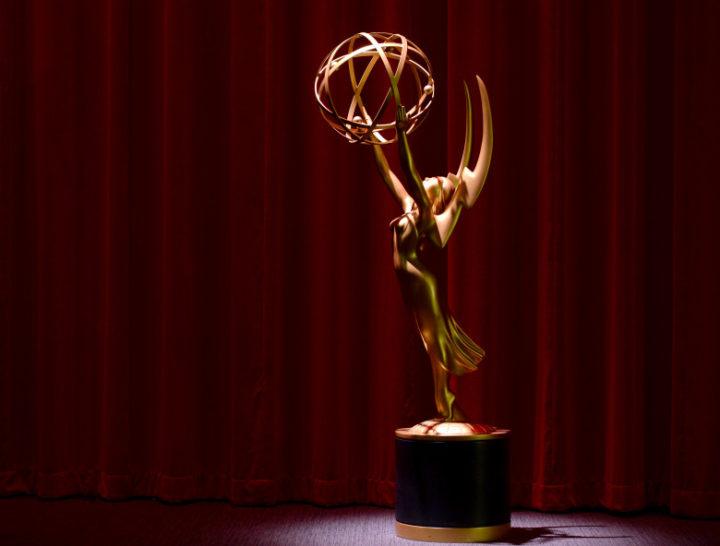 CALVIN KLEIN BY APPOINTMENT vistió a  Nicole Kidman y Millie Bobby Brown para los premios EMMY