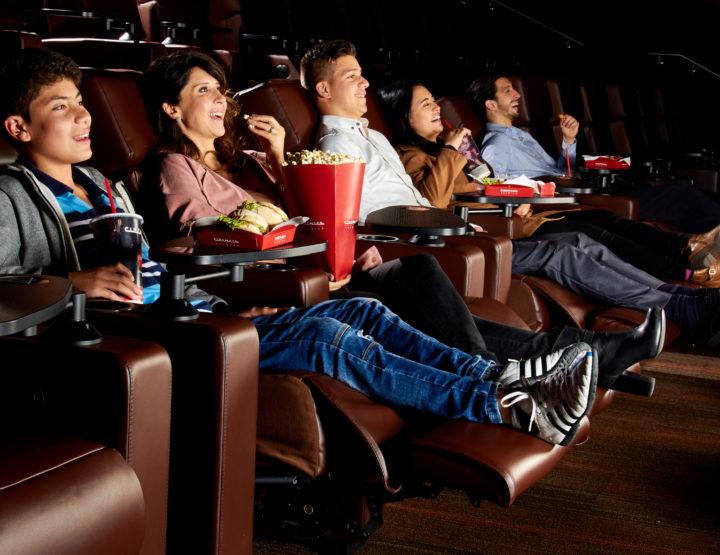¡Cinemark Atlantis, estrena balcones premier!