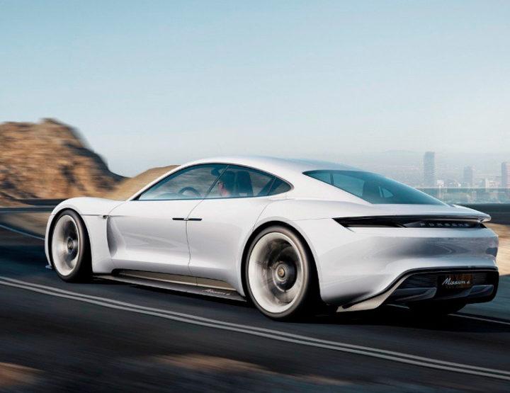 Porsche invertirá unos 7.500 millones de dólares en electromovilidad hasta 2022